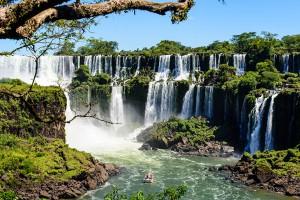Frontière entre le Brésil et l'Argentine via Shutterstock