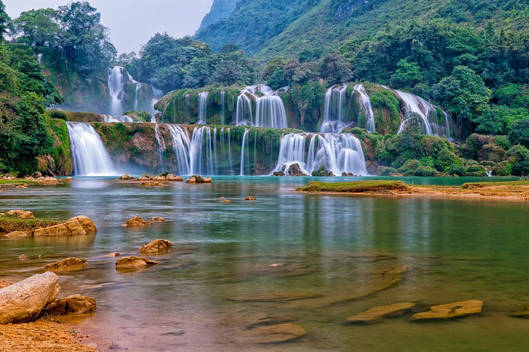 Frontière entre le Vientnam et la Chine via Shutterstock