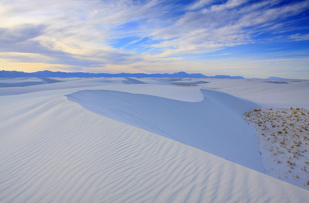 Le désert de White Sands via Shutterstock