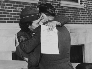 baiser-guerre-soldats-34