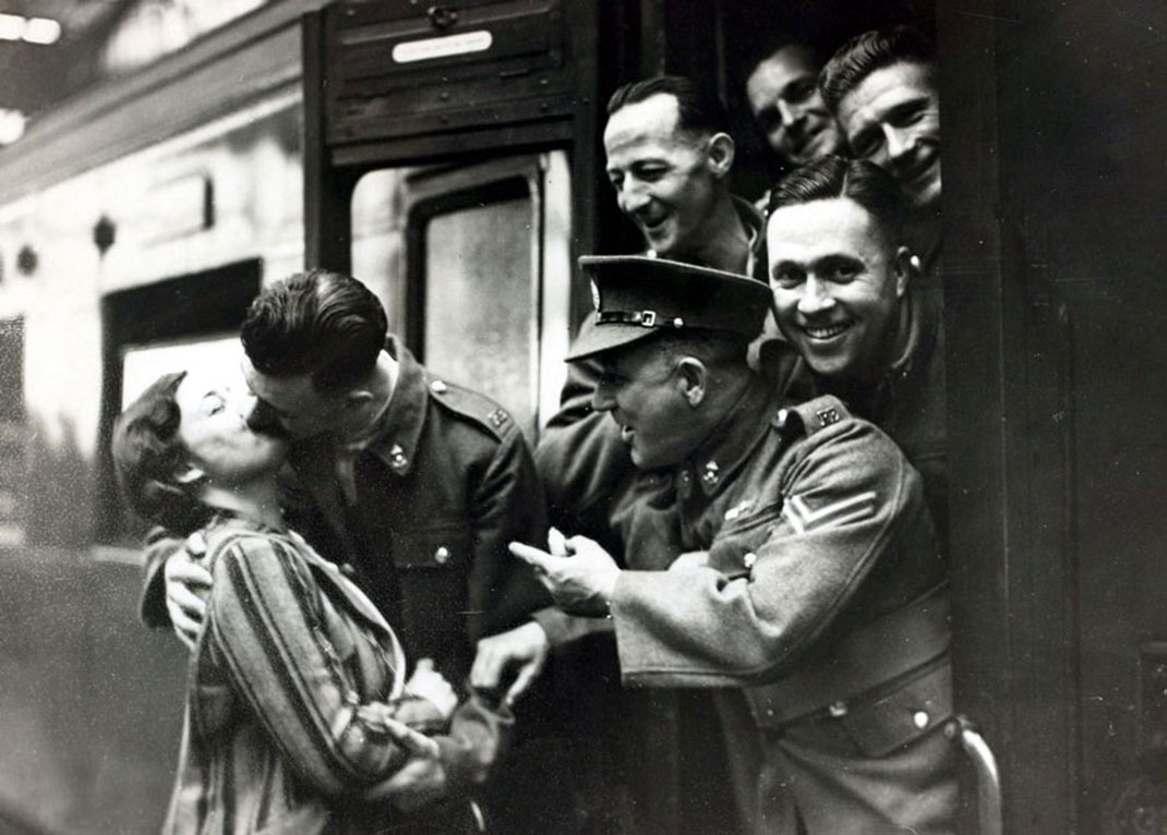 baiser-guerre-soldats-50