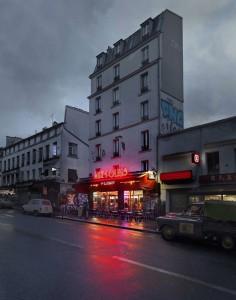 Aux Folies, Paris XX