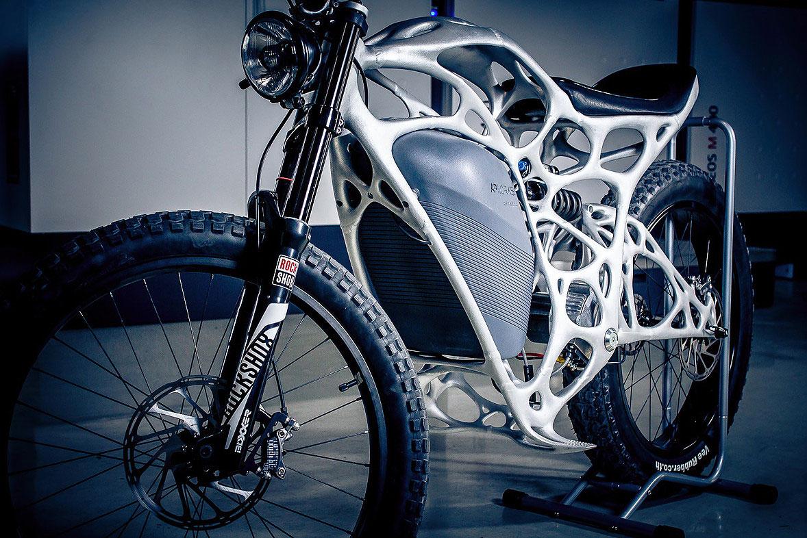moto-3D-1