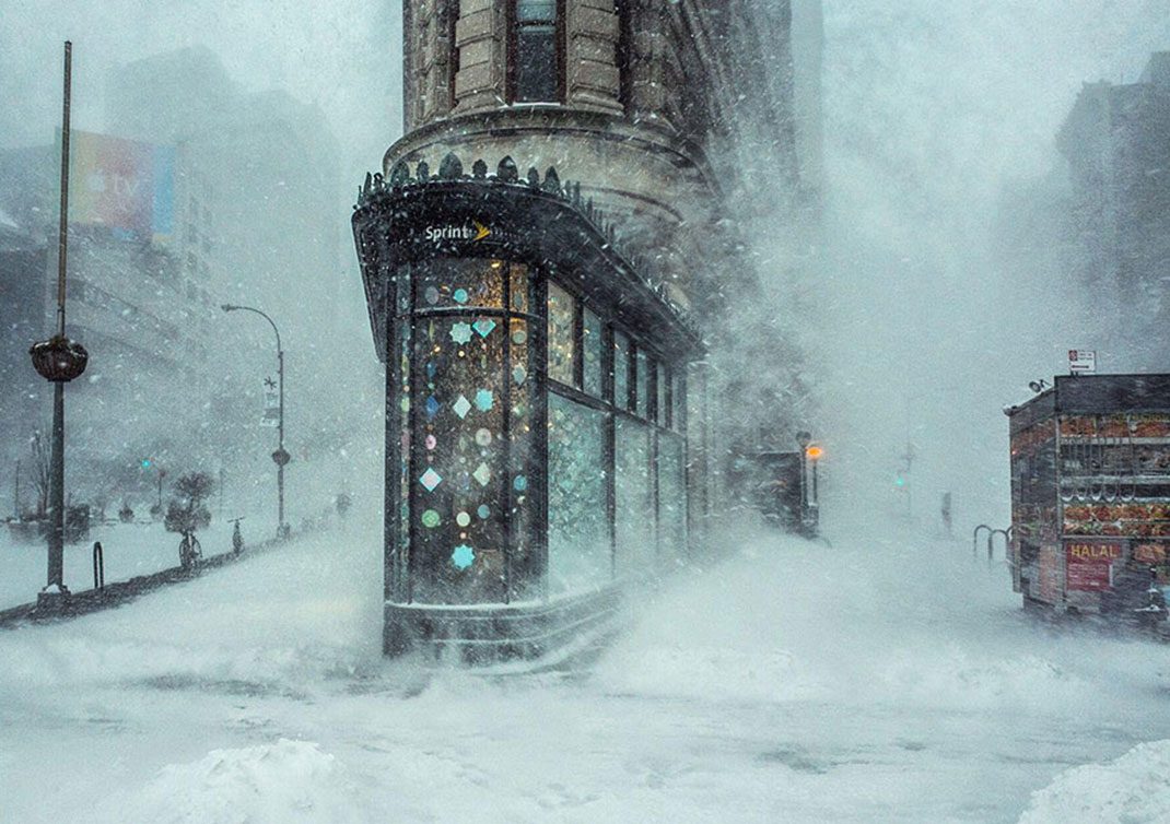 Jonas Blizzard et le Flatiron Building de Michele Palazzo, New York, Etats-Unis