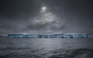 Le vaisseau spatial de Massimo Rumi report, Antarctique