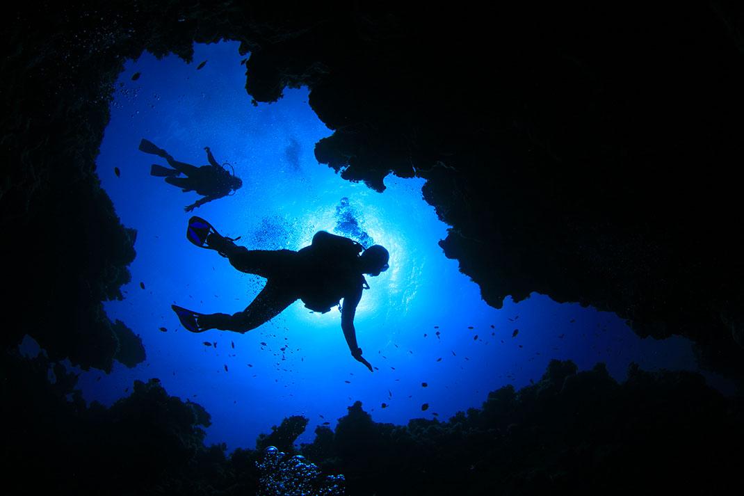 plongeurs-grotte