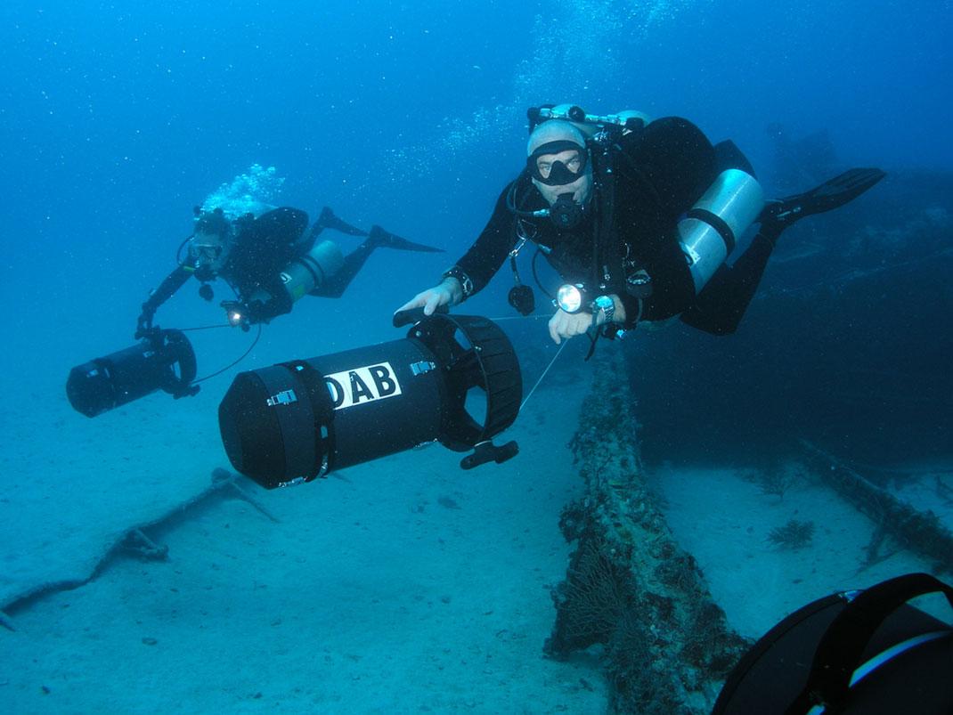 scooter-plongée-plongeurs-36
