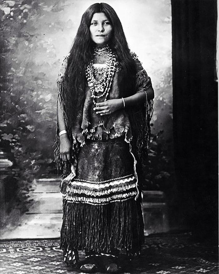 Isabelle Perico Enjady, des Apaches Chiricahuah, prisonnière de guerre,(1886-1914)