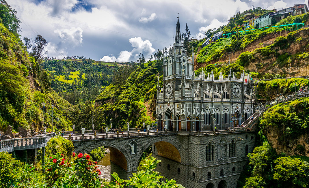 2-Santuario-de-las-Lajas