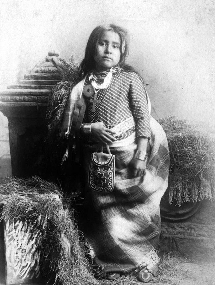 Inusk, la fille du chef Kickapoo, photographiée par Lenny Et Jordan (1880-1890)