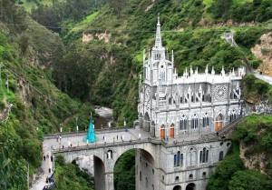 3-Santuario-de-las-Lajas