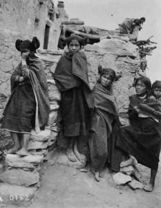 Les filles Hopi en 1900