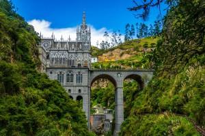 4-Santuario-de-las-Lajas