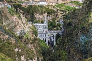 5-Santuario-de-las-Lajas
