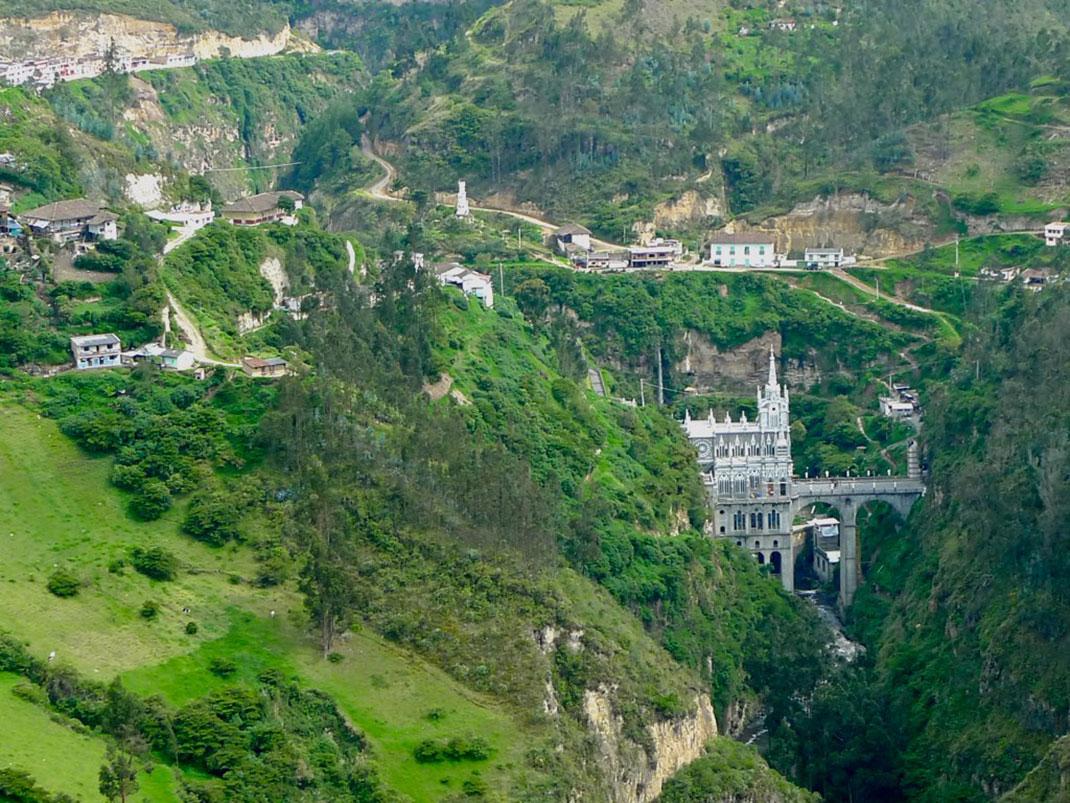 9-Santuario-de-las-Lajas
