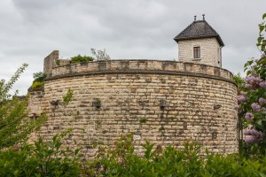 Des fortifications à Beaune via Shutterstock