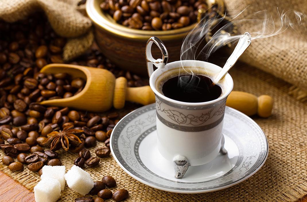 Du café via Shutterstock