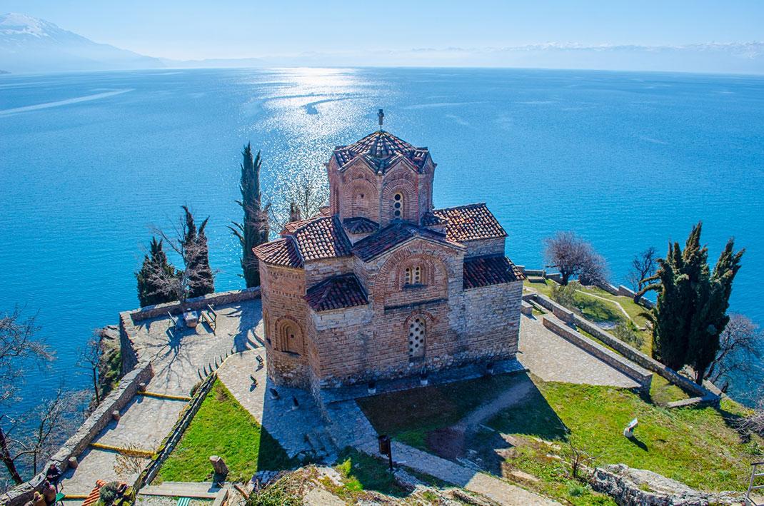 L'église Saint-Jean de Kaneo via Shutterstock