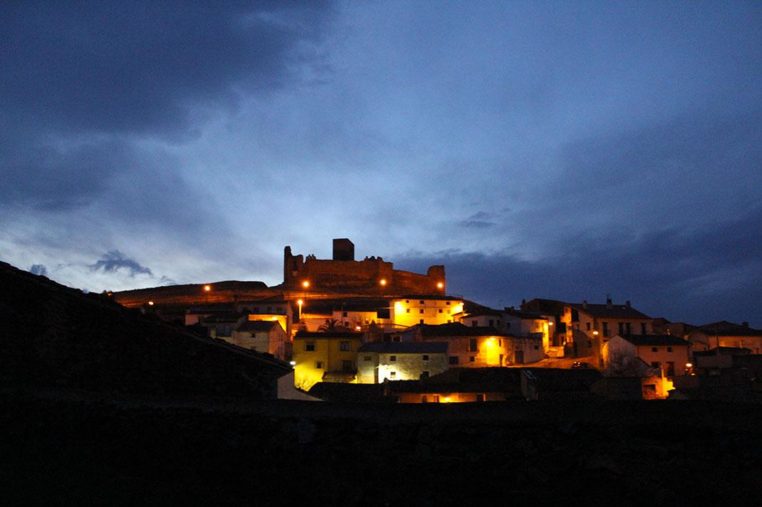 Le village de Trasmoz de nuit