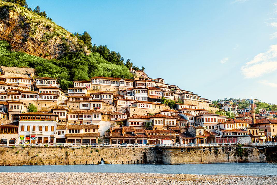 Berat en Albanie via Shutterstock