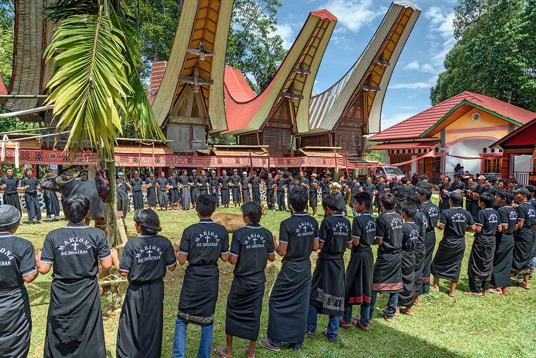 Cérémonie funéraire en Indonésie via Shutterstock