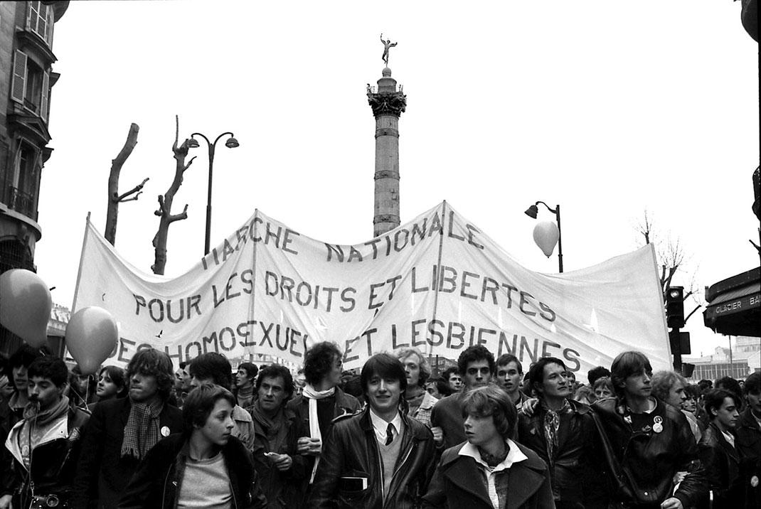 La Marche nationale pour les droits et les libertés des homosexuels et des lesbiennes, le 4 avril 1981 © Claude Truong-Ngoc / Le Gai Pied