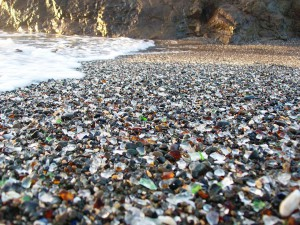 plage-verre-californie-12