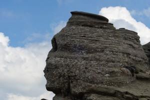 "Un ""portrait"" proche du Sphinx des Bucegi via Shutteerstock"