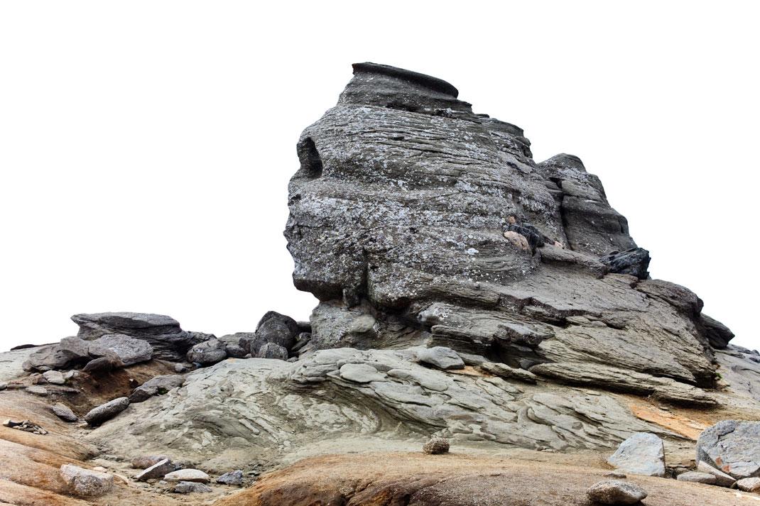 Le sphinx des Bucegi sous un temps maussade via Shutterstock