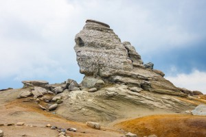 Le sphinx des montages de Bucegi en Roumanie via Shutterstock