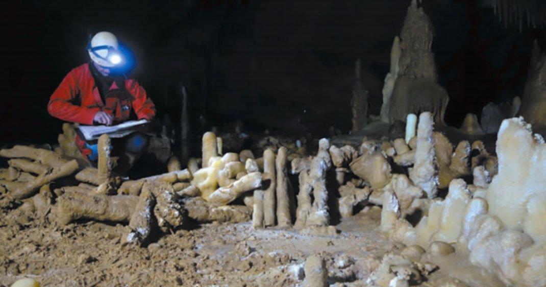 une-grotte-france