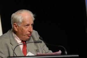 Sir Gustav Nossal. Mark Coulson, 5ème conférence mondiale sur le journalisme scientifique CC 2.0