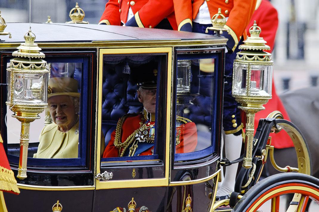 La reine dans son carrosse via Shutterstock