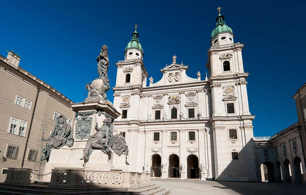 Cathédrale de Salzbourg via Shutterstock