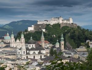 Salzbourg, ville de Mozart via Shutterstock