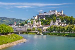 Salzbourg via Shutterstock