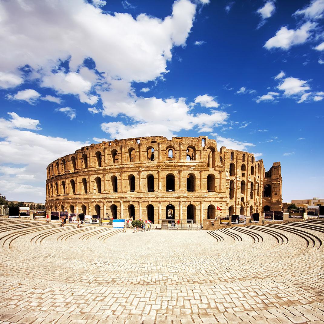 L'extérieur du Colisée via Shutterstock
