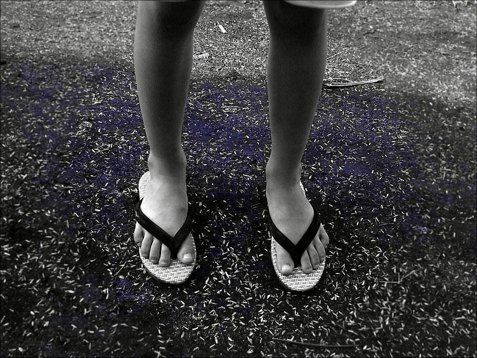 tongs-pieds-nefastes-sante-1