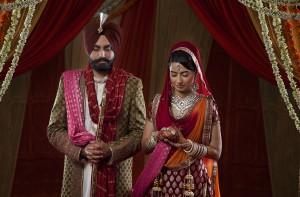 Un couple d'amoureux indiens via Shutterstock