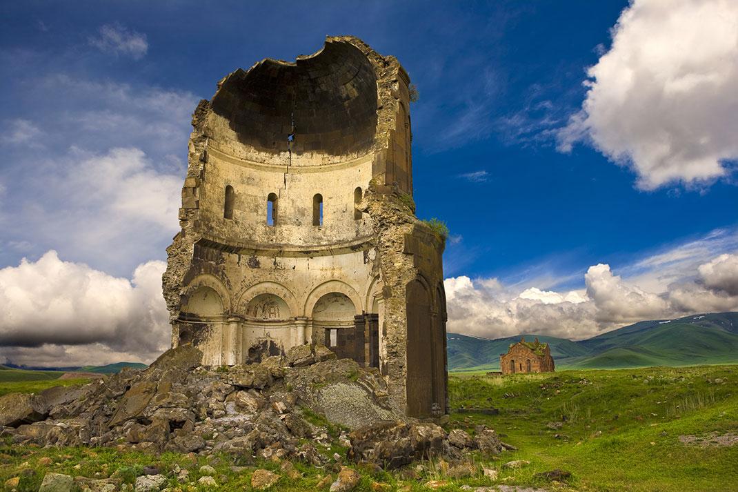 Église du Saint-Sauveur via Shutterstock