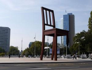 Broken-Chair-Geneva