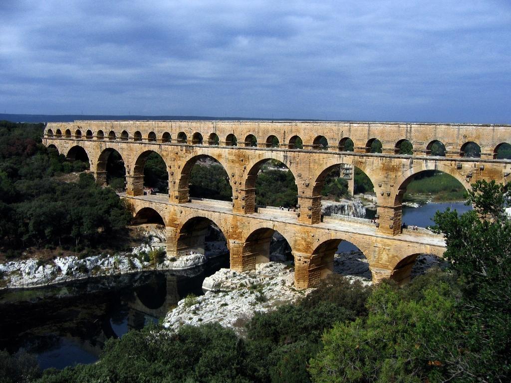 Pont_du_Gard_Oct_2007