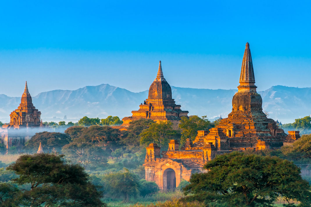 Bagan en Birmanie via Shutterstock