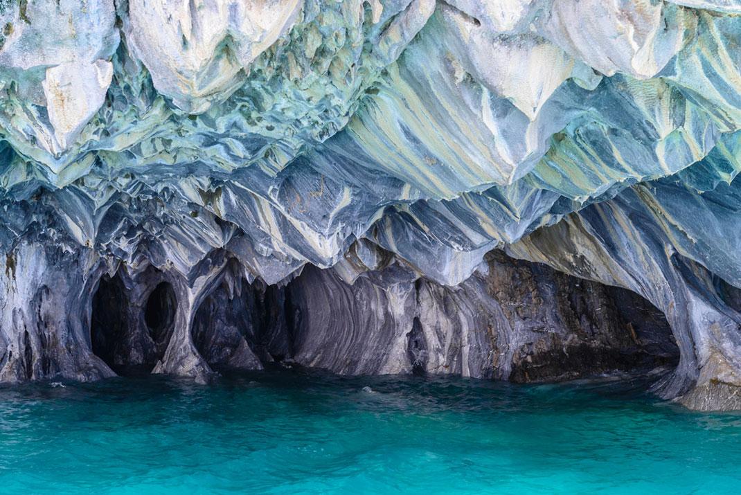 Les caves de marbre au Chili via Shutterstock