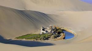 Un oasis dans le désert de Gobi via Flickr by Real Distan