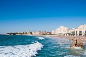 La Grande plage de Biarritz via Shutterstock
