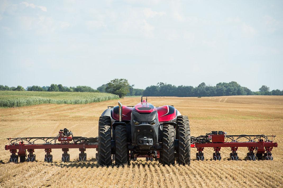 L'agriculteur pourra se contenter de contrôler le tracteur robot à distance