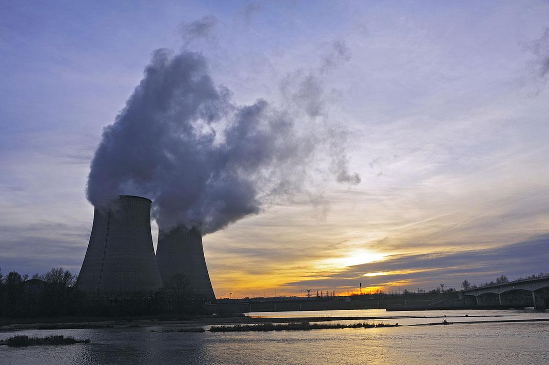 Centrale nucléaire française via Shutterstock