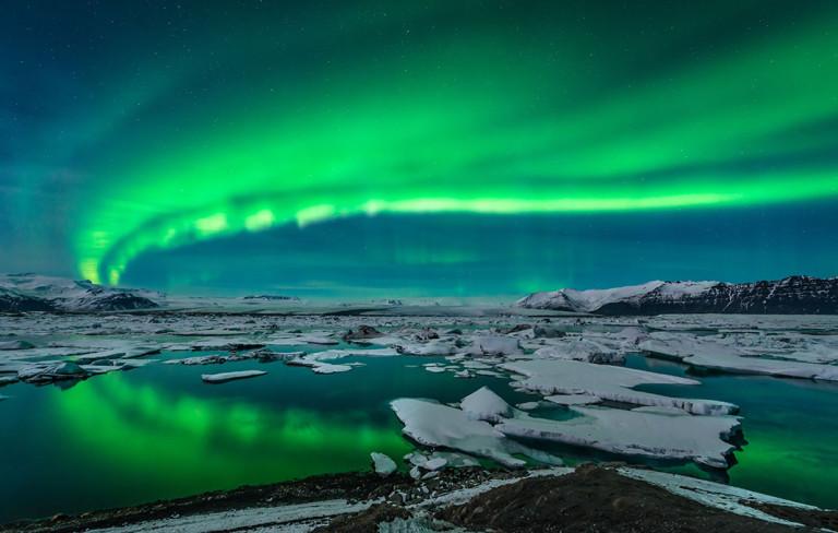 Belles images - Page 2 Islande-aurore-boreale-768x488