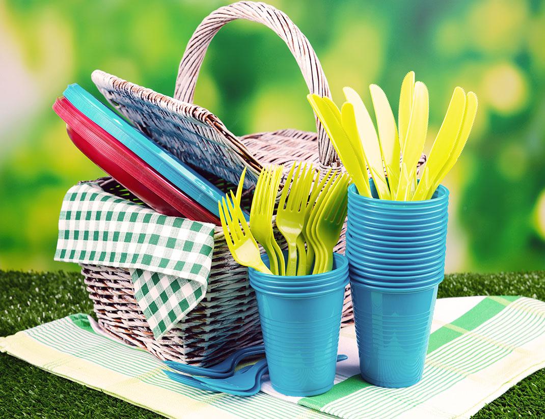 Pour vos pique-niques il faudra se passer de vaisselle en plastique à partir de 2020